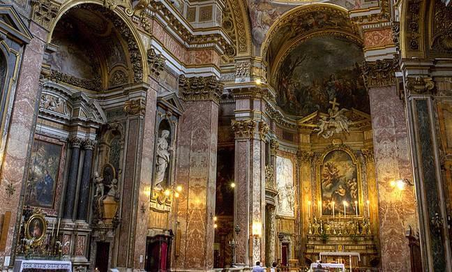Церкви и соборы Рима, история, описание, фото, график работы Сант Иво Алла Сапиенца